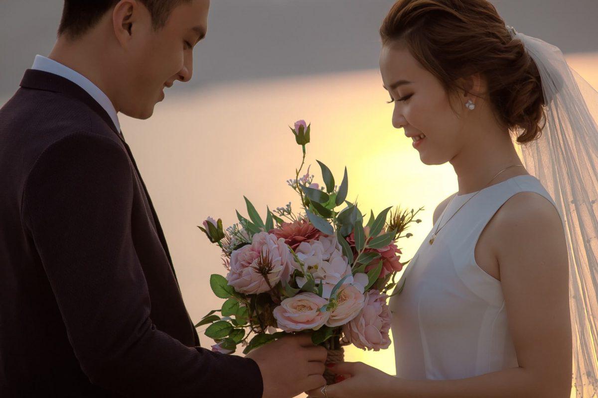 Chọn kiểu tóc cô dâu đẹp nhất giúp nàng thêm thu hút