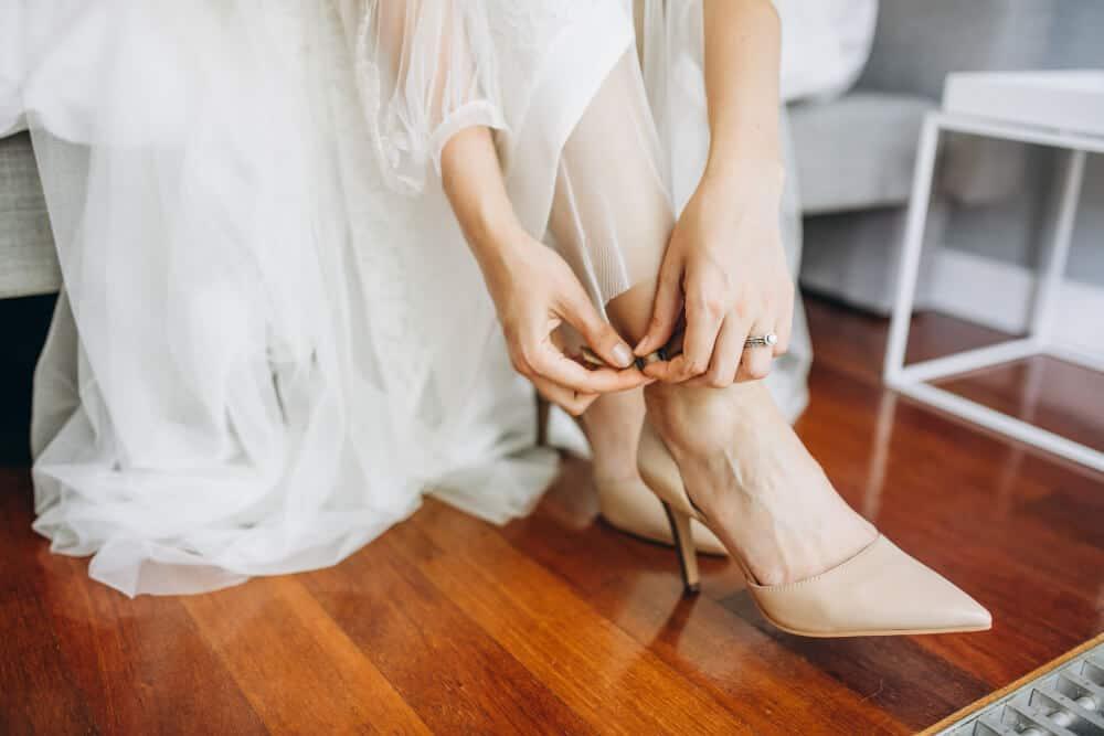 wedding shoes bride her wedding day